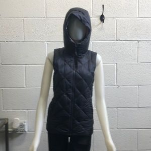 lululemon athletica Jackets & Coats - Lululemon navy reversible puffer vest sz 4 62629